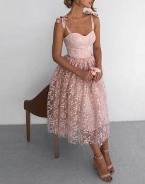 Елегантна дантелена рокля в цвят пудра - код 4485