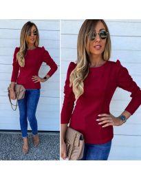 Дамска блуза в бордо с набори при рамената - код 368