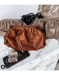 Дамска чанта в тъмнокафяво - код B13