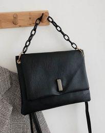 Дамска чанта в черно - код B352