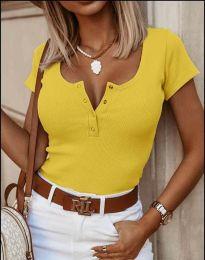 Дамска тениска в жълто с копчета - 3233