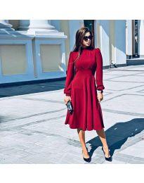 Изчистена дълга рокля в червено - код 4572