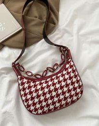 Дамска чанта в цвят бордо - код B451