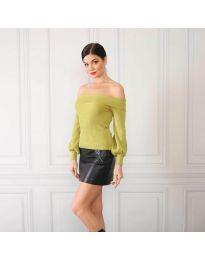 Дамска блуза с лодка деколте в зелено - код 0247