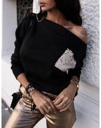 Черна дамска блуза с джоб с пайети - код 377