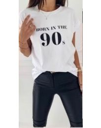 Дамска тениска с надпис в бял цвят - код 947