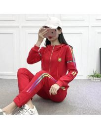 Спортен комплект в червено - код 8030