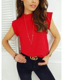 Елегантна дамска тениска в червено - код 177