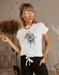 Тениска с ефектен принт в бяло - код 3245