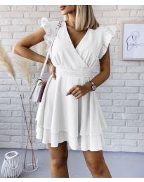 Екстравагантна рокля в бяло - код 409