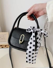 Дамска чанта в черно - код B437