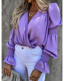 Стилна блуза с ефектни ръкави в лилаво - код 5451