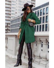 Дамско палто с колан в зелено - код 3839