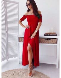 Червена дълга рокля с лодка деколте и цепка - код 728