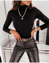 Дамска блуза с поло яка в черно - код 0307