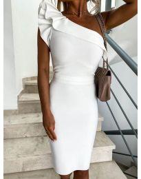 Елегантна рокля в бяло с голо рамо - код 710