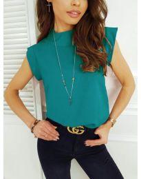 Елегантна дамска тениска в маслено зелено - код 177