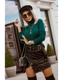 Дамска блуза с поло яка в зелено - код 8861