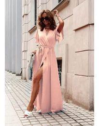 Ефирна дълга рокля с цепка в праскова - код 666