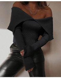 Дамска блуза с лодка деколте в черно - код 5222