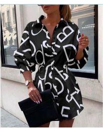 Черна къса дамска рокля с надписи - код 749