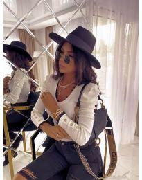 Атрактивна дамска блуза в бяло - код 4156