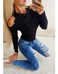 Елегантна дамска блуза с бродерии в черно - код 3538