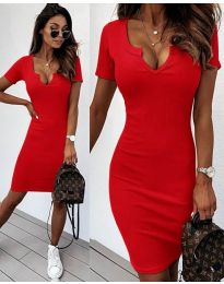 Изчистена рокля в червено - код 8829