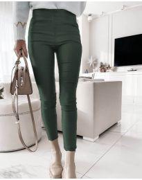 Втален дамски панталон в тъмнозелено - код 2788