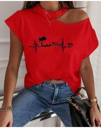 Тениска с голо рамо в червен цвят с принт - код 206