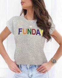 Дамска тениска в сиво с надпис - код 2923