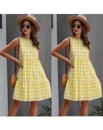 Свободна рокля на жълто каре - код 2123