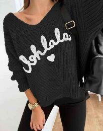 Дамски пуловер с надпис в черно - код 1834
