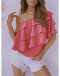 Дамски топ в розово с голо рамо - код 0141