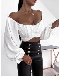 Къса  дамска блуза с ефектни ръкави в бяло - 1112