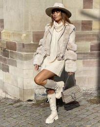 Дамско палто в бежово - код 6551