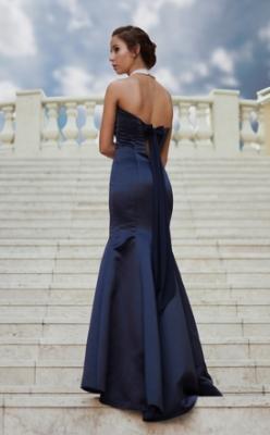 С какво да носим дълга рокля